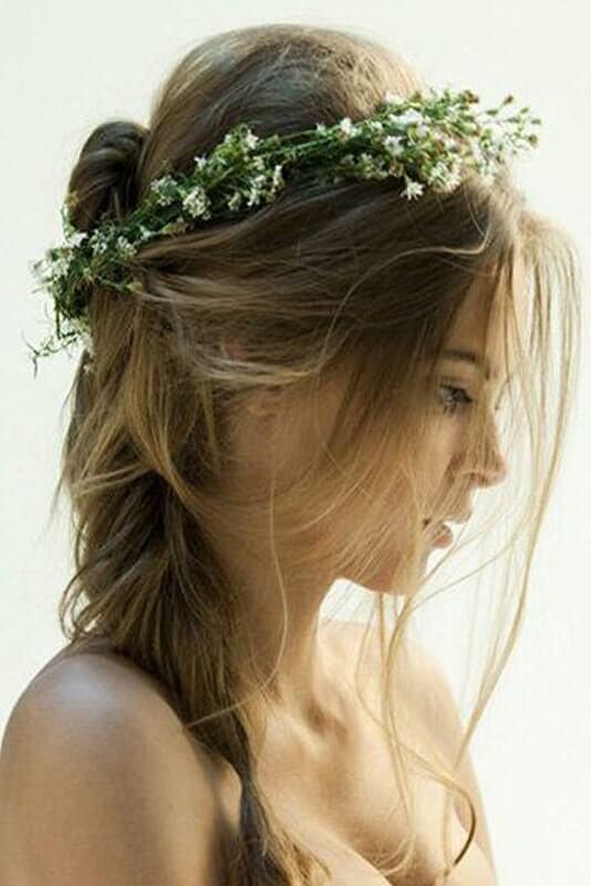 peinado-novia-corona-flores-min