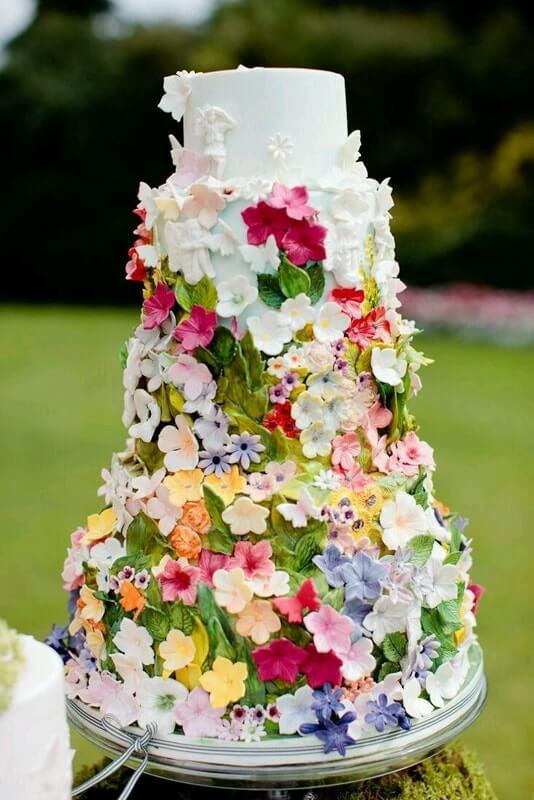 tarta novias flores fondant