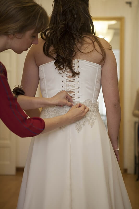 últimos toques vestido de casamiento