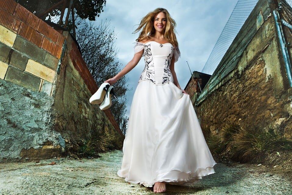vestido de novia con color-min