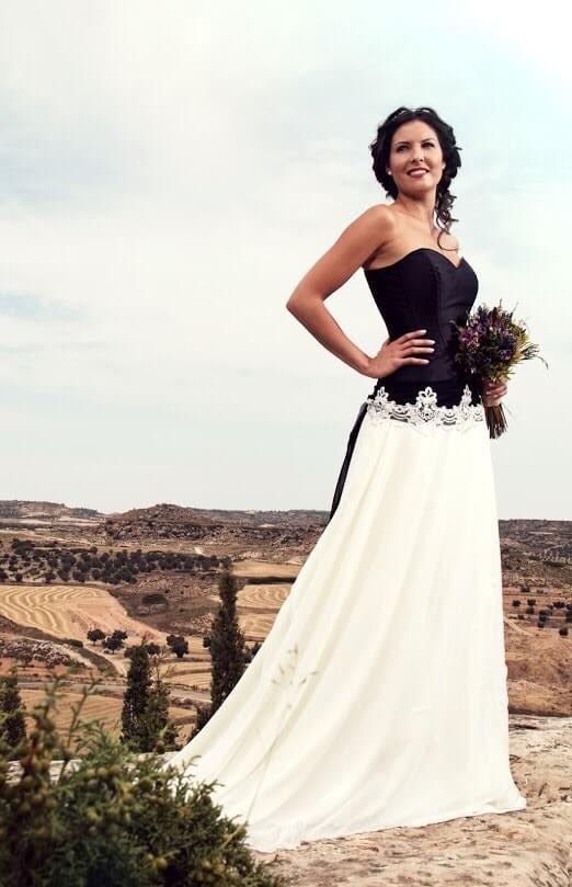 vestido de novia con corset-min