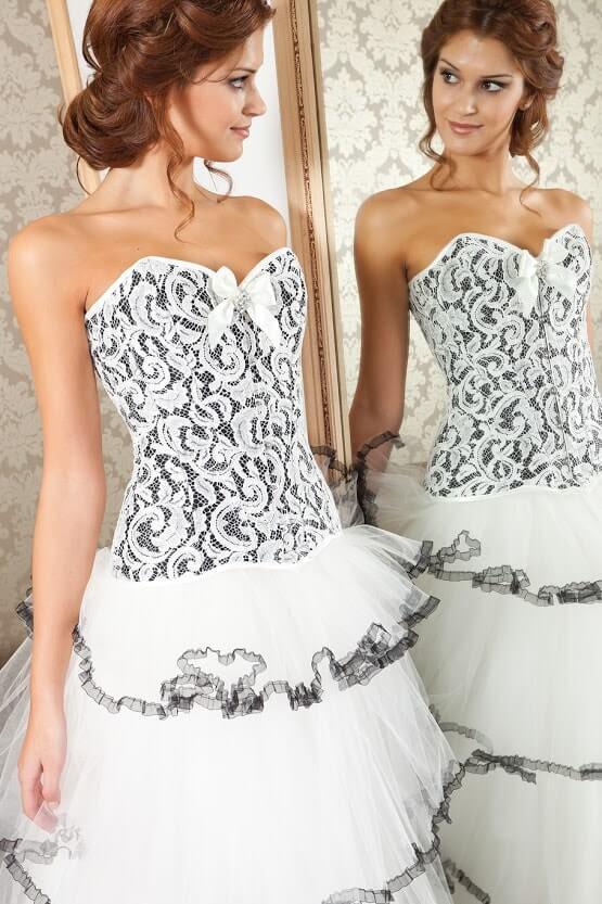 vestidos de novia con corset-min