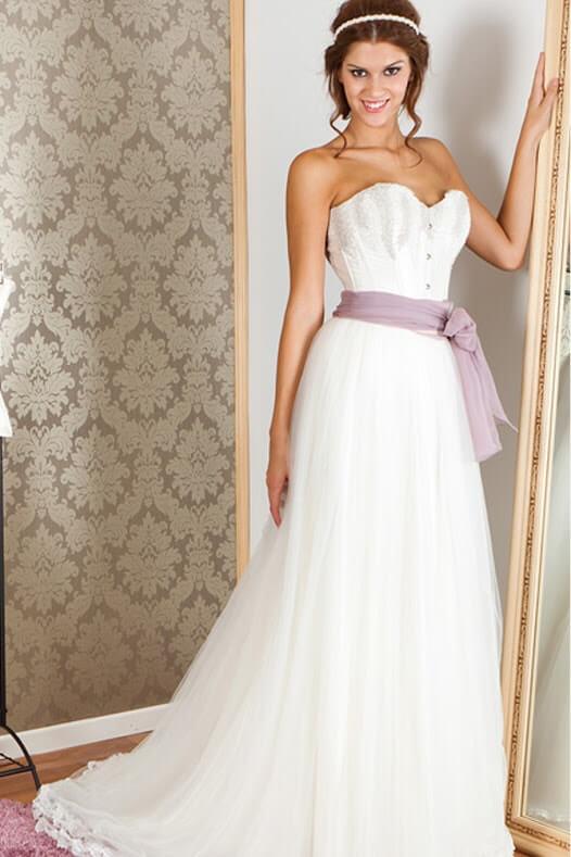 vestidos de novia con fajin en color-min
