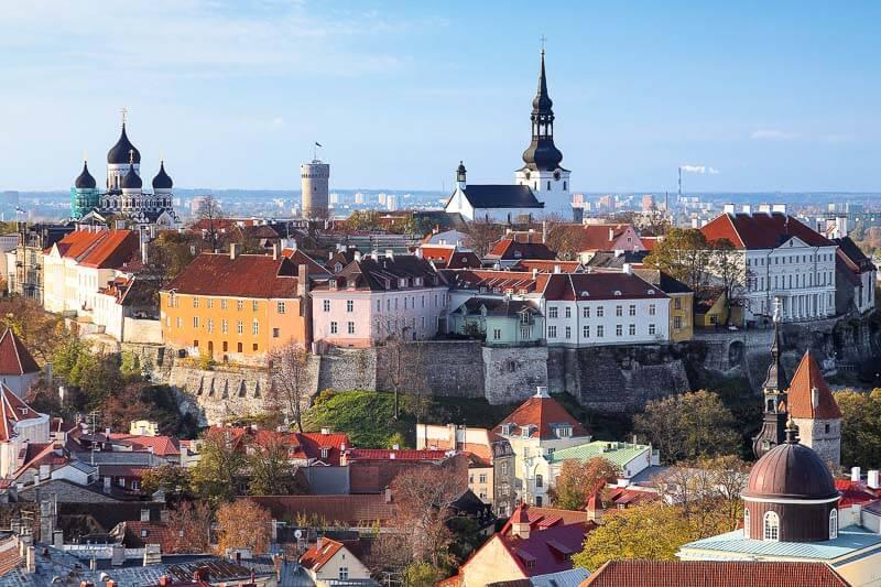 3 Los Balticos. Estonia