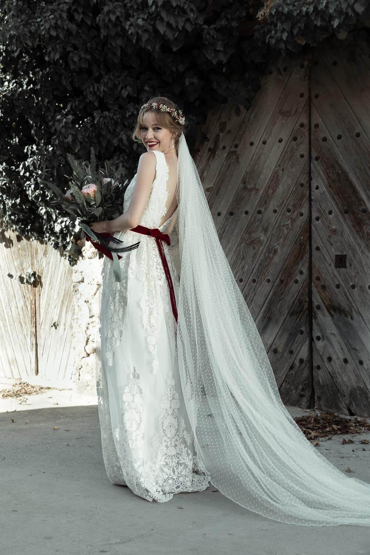 disenador de trajes de novia