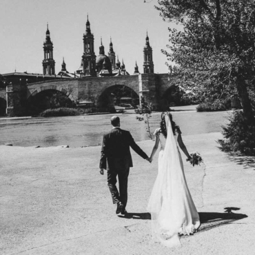 La boda de Clara y Kike en Zaragoza