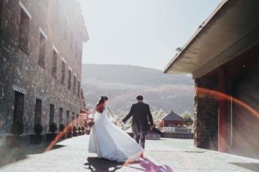 La boda de Isabel y Jose Manuel en Aínsa