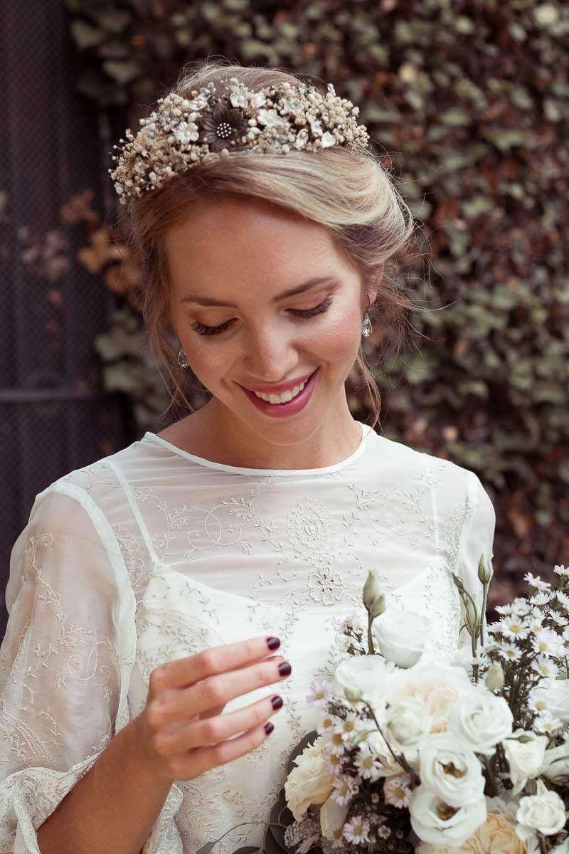 corona de novia diferente