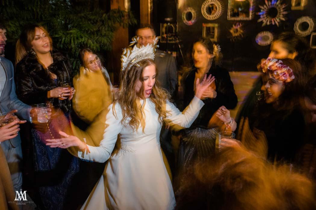 vestido novia real con capa
